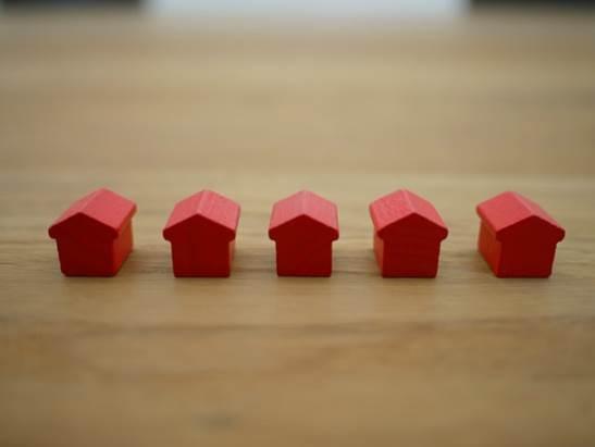 Red home blocks