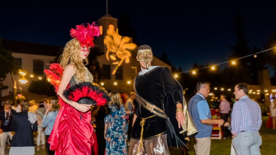 man and woman offering event entertainment services in Sonoma County